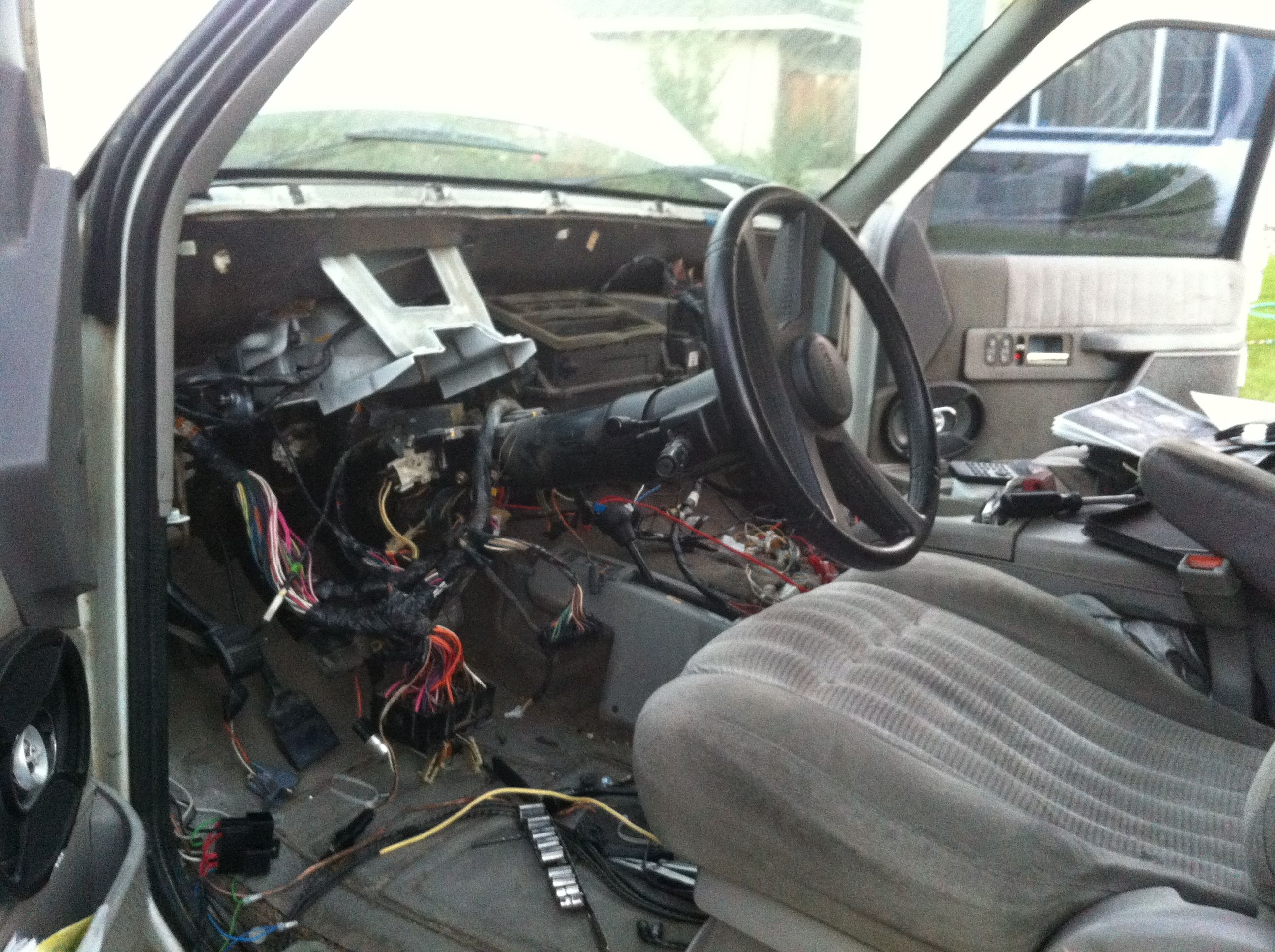 Photo Hgh on Dash Removal 2004 Dodge Ram 1500