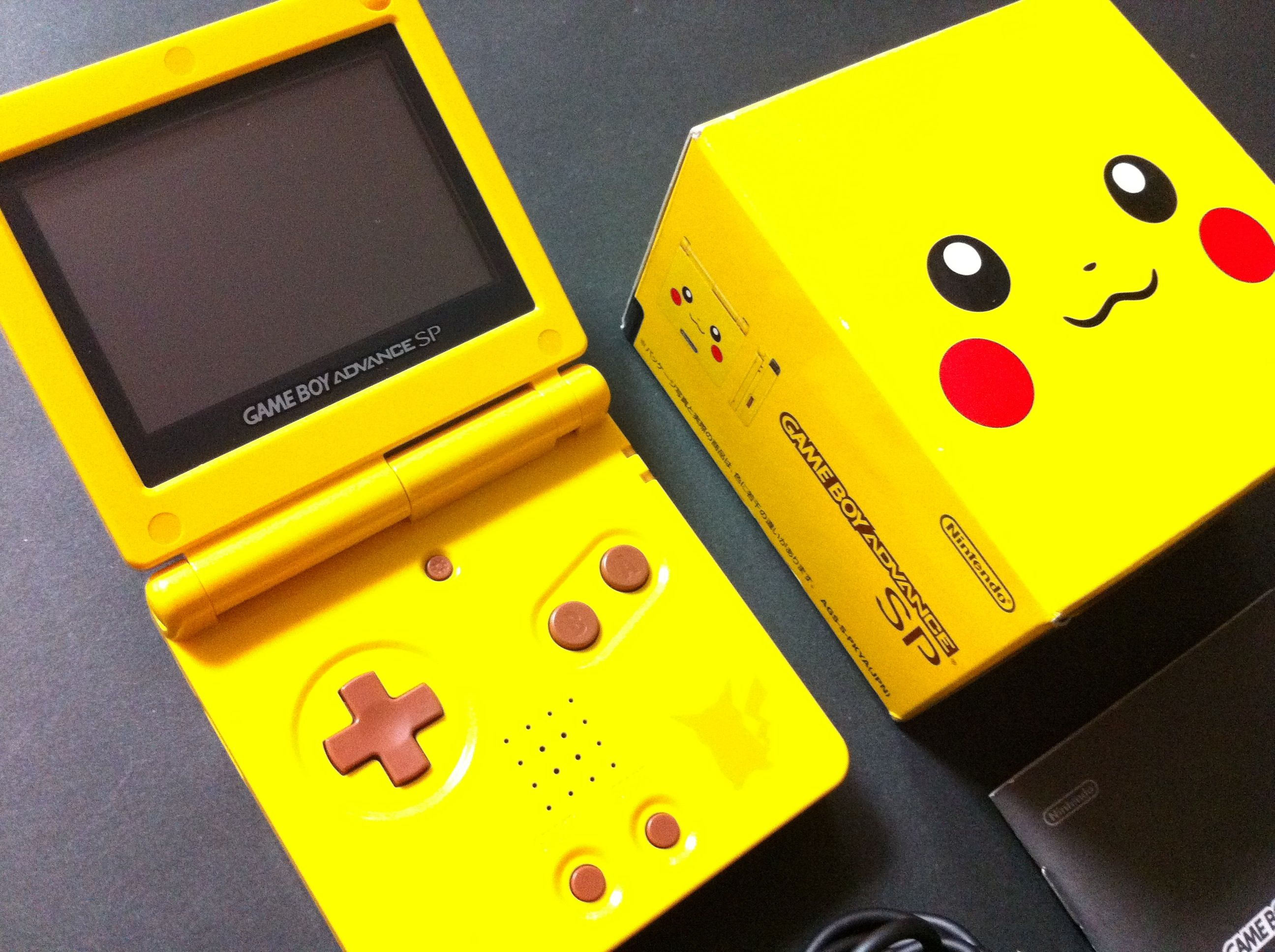Gameboy Advance Sp Console Pokemon Sapphire Version